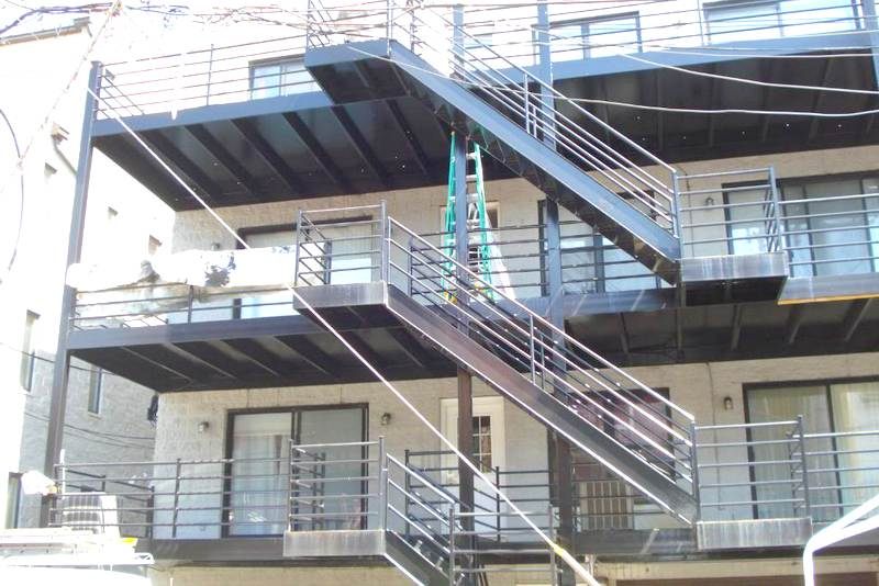 Metal Deck Painting In Chicago Polyurethane system Aardvark Painting Inc.